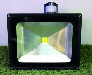 LED Flutlicht 50 Watt mit Bewegungsmelder nw/cw