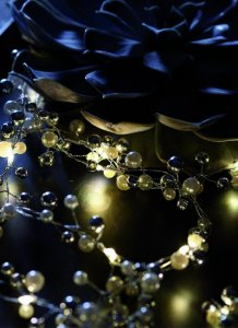 LED Perlenkette weiss/silber/schwarz 2,9m