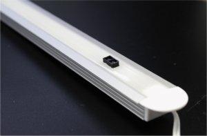 Profil-Leuchte Handbewegungs-Sensor 8W 60cm Naturweiss Milch-Cover