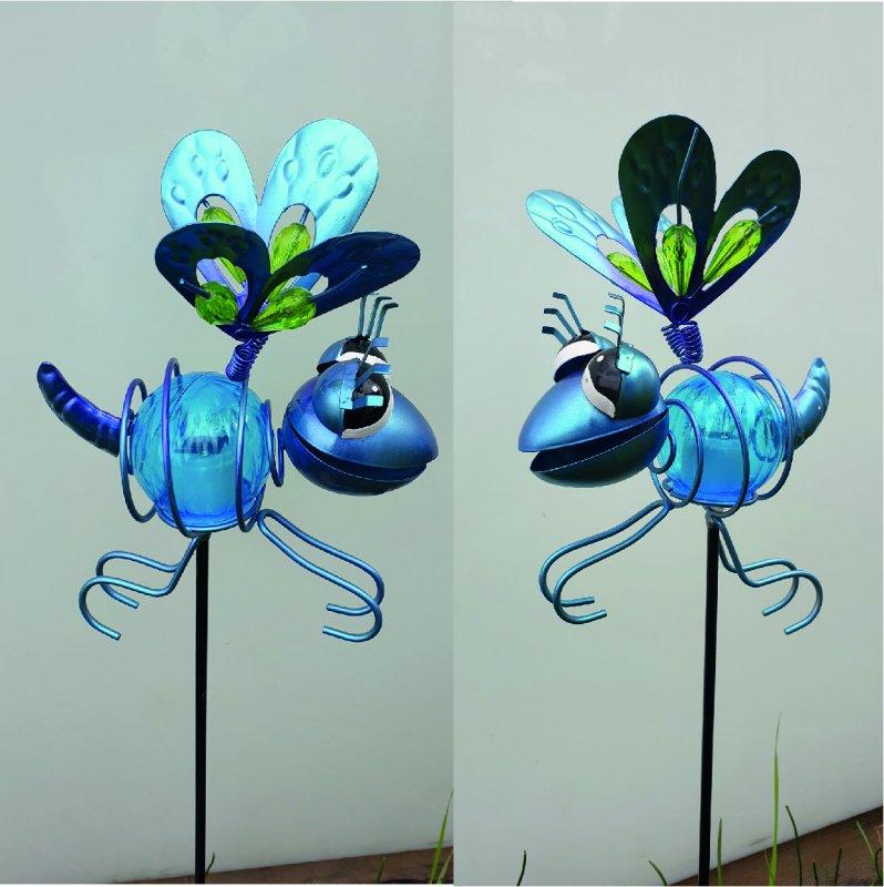 Insekt blau Solar am Stab