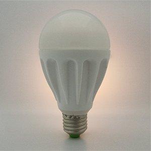 LED Kugel E27 9 Watt IP 62 ww/cw